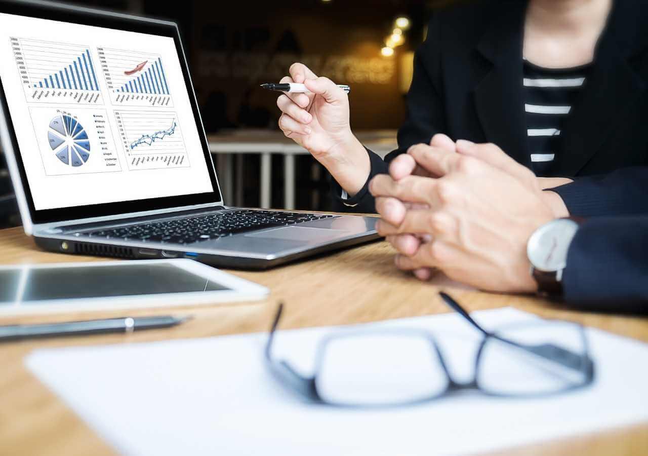 Crisis management - managing out of a cash crisis
